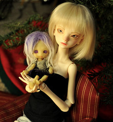 DJ and Lucy (eixomoxie) Tags: new ball lucy holidays doll cabinet year bjd bella chateau creature darjeeling jointed charless 2013