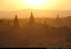 Sunset in Bagan (JH_1982) Tags: world travel light sunset sun travelling heritage silhouette temple evening licht site zonsondergang tramonto sonnenuntergang burma silhouettes unescoworldheritagesite unesco prdosol temples myanmar traveling sonne birma ocaso  templo contrejour coucherdesoleil pagan bagan tempel  solnedgang gegenlicht apus solnedgng tempio   auringonlasku  birmanie   zachdsoca  birmania silhouetten     matahariterbenam    mttriln   mjanma   rememberthatmomentlevel1 rememberthatmomentlevel2 rememberthatmomentlevel3 jochenhertweck