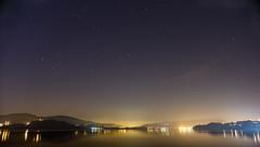 Alli esta Pontevedra, al Norte (F SoGel :-)) Tags: sea sky españa beach night stars mar galicia cielo estrellas nocturna playas arenal riadevigo redondela cesantes pontevera contaminaciónluminica laboratoriofsg