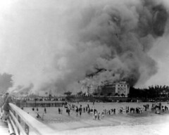 The Breakers Hotel on fire: Palm Beach, Florida (State Library and Archives of Florida) Tags: florida piers beaches hotels resorts fires palmbeach palmbeachcounty henryflagler nationalregisterofhistoricplaces thebreakershotel historichotels referencecollection industrialists statelibraryandarchivesofflorida historicpreservationmonth 1southcountyroad