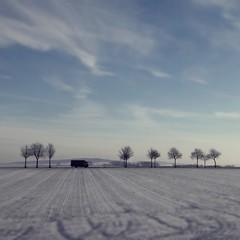baby, it's cold outside... (bleibt fr dich) Tags: blue schnee light snow cold square landscape licht bomen missing blauw angle sneeuw natur natuur himmel boom wanderlust unterwegs blau kalt landschaft bume hemel onthestreet drivebyshooting augenblick lkw vierkant blickwinkel betrachtung ansichtssache landstrase kwadratisch