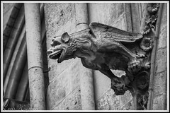 Hi, Hi, Hi...! (LevisWagnonPhoto) Tags: france church statue canon french religious eos rebel europa europe flickr noir or religion notredame chapels cathdrale 1855mm t3 middle domes levis blanc amiens ages middleages eglise dcoration iconography picardie somme brillant flickraddicts reprsentation 1100d wagnon flickrsocialclub powerofcanon