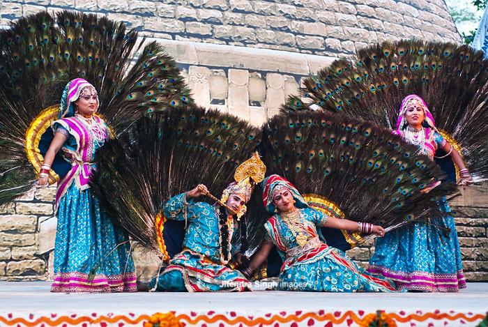 762be3687 Peacock Dance, Mathura (Jitendra Singh : Indian Travel Photographer) Tags: dance  peacock