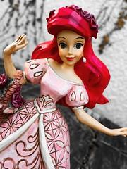 Ariel season (Disney Dolls Fan) Tags: ariel eric ursula flounder sebastien polochon triton thelittlemermaid mermaid little lapetitesirene la petite sirene disney princess princesse prince roi jimshore sjim shore traditions enesco figurine figure statue sculpture villains king resort walt waltdisney
