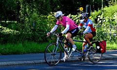 A deux c'est mieux (Diegojack) Tags: nikon nikonpassion d7200 scènedevie vélo tandem deux duo sport morges
