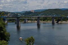 Walnut Street Bridge (1891); Tennesse River (Joey Hinton) Tags: olympus omd chattanooga tennessee mft m43 microfourthirds river bridge walnut street em1 1240mm f28