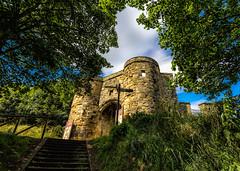 On the Castle Steps, Scarborough. (Darren Flinders) Tags: uk england castle history coast yorkshire steps scarborough northyorkshire scarboroughcastle oldengland ancientarchitecture ancientbuildings