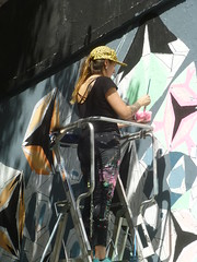 Coni Lars au M.U.R. XI : cration en cours le samedi 13 aot 2016 (Archi & Philou) Tags: conilars chili murxi streetart travailencours wip workinprogress chelle ladder