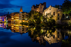 Like a mirror (hjuengst) Tags: opole poland polen oder odra reflection reflektionen river bluehour mirror oppeln