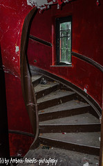 Red staircase (Ambach Raiders Photography) Tags: urbanexploration lostplace urbex rottenplaces forgotten abandoned decay dusty verlassen vergessen verfall verloren red rot trespassing treppen wendeltreppe staircase stairs