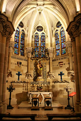 Sagrada Familia (Jorge Franganillo) Tags: church temple iglesia templo antonigaud sagradafamilia glise modernarchitecture arquitecturamoderna barcelona catalunya catalua espaa spain cripta crypt