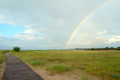 rainbow (Wolfgang Binder) Tags: rainbow boardwald beach sand sea dunes landscape nature scenery sky horizon weather clouds nikon d7000 zeiss distagon distagont3518 travemuende priwall