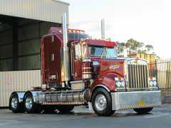Kerden Haulage T950 Tradition (Scottyb28) Tags: kenworth t950 tradition truck trucks trucking highway haulage kerden transport nowra sydney interstate country diesel