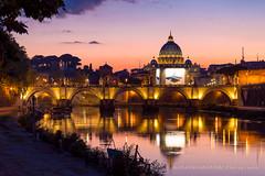 Tramonto su Roma (Alessandro Argentieri) Tags: rome night basilica sanpietro tramonto sunset travel cityscape cupola dome roma italia nightscape italy stpetersbasilica dusk