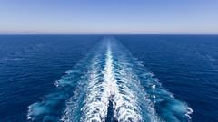 Les tourbillons de la puissance (jpgy) Tags: adriatique hlice remous