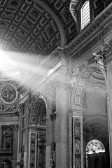 Light! (genf) Tags: city light vatican rome roma saint licht san ray sony beam peter pietro crepuscular vaticaanstad a700 stralen sintpieter