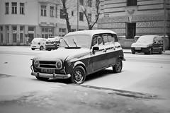 R4 Winter edition (peterkend) Tags: leica winter bw snow car 35mm hungary budapest rangefinder renault m8 manualfocus r4 leicam8