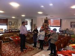 Ευχές και Κάλαντα των Χριστουγέννων από τα παιδιά στο Δήμαρχο Αμαρουσίου Γ. Πατούλη