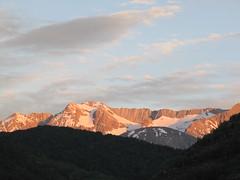Sierra Tendeera, al atardecer. Huesca (Pirinesta) Tags: sunset twilight dusk nieve alpine geography montaa physical pirineos geomorphology alpino altamontaa physicalgeography highmountain geomorfologa geografafsica