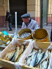 aringhe e sarde salate (costagar51) Tags: palermo sicily sicilia italy italia mercati mercatodelcapo folklore regionalgeographicsicilia rgsmercati rgsmestieri rememberthatmomentlevel1 rememberthatmomentlevel2 contactgroups