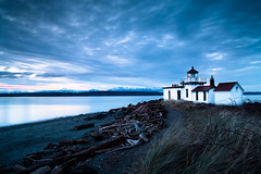 10/365 Light House *EXPLORED (fridayloco) Tags: seattle park longexposure blue light sunset house lake beach water outdoor discovery magical lanscape