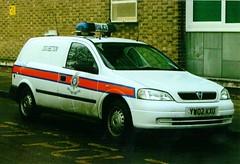 Humberside Police Vauxhall Astra Estate Dog Van (PFB-999) Tags: dog car station gardens wagon estate police queens vehicle van hull beacon astra vauxhall unit lightbar humberside jamsandwich