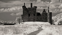 Kilchurn Castle (Shot Yield Photography) Tags: scotland uk greatbritain british scottish kilchurn castle kilchurncastle ruins exploration derelict dereliction decay abandoned medieval premises building architecture remains historic creepy scary spooky eerie place haunted dark mystic mysterious atmosphere dream like dreamlike picture shot yield foto photo image black white bw monochrome ir infra red infrared photography shotyieldphotography