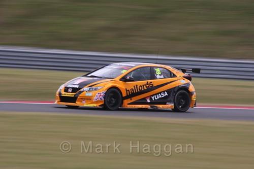 Matt Neal in Touring Car action during the BTCC 2016 Weekend at Snetterton
