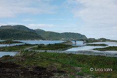 Isole Lofoten-27 (Luca Latini) Tags: landscape paesaggio viaggio travel sky cielo norway norvegia mountain montagna svolvaer reine alofoten lofoten ocean lucalatini oceano