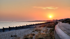 Sunrise, Tankerton beach, Whitstable (Aliy) Tags: sunrise morning earlymorning tankerton beach whitstable sun