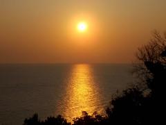 Italian Sunrise (Twitter: @GrowLikeGrandad) Tags: sunrise ortona italysunrise