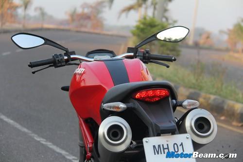 Ducati-Monster-795-25