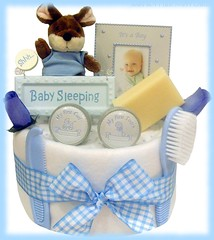 Nappy Cake (70) (Labours Of Love Baby Gifts) Tags: babygift nappycake nappycakes newbabygifts laboursoflovebabygifts