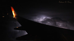 Relmpagos em Vo (Lightning during Flight) (Fabiano Diniz) Tags: