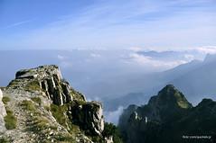 Pasubio, verso sud (quicksilv3r) Tags: sky mountains montagne cielo papa mori dolomiti vicenza rifugio pasubio gallerie rovereto generale schio