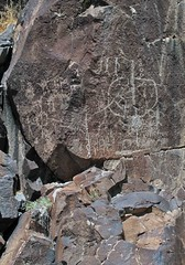 Petroglyphs / Little Petroglyph Canyon (Ron Wolf) Tags: california abstract panel nativeamerican stickfigure petroglyph archeology chinalake anthropology rockart anthropomorph atlatl entoptic anthromorph greatbasincurvilinear cosoculture