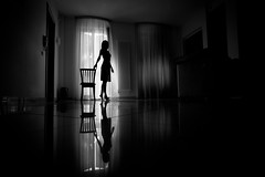 My Home is my Theatre (luce_eee) Tags: light bw selfportrait home me window wwwrinaciampolillocom