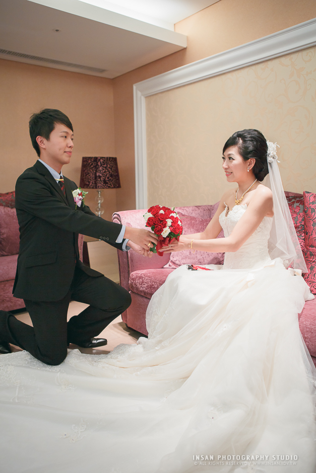 wed20121109_0676