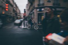 (Wen Cheng Liu (Busy)) Tags: paris france bike bicycle    wenchengliu nabiis grd gr2 ricoh 28mm street
