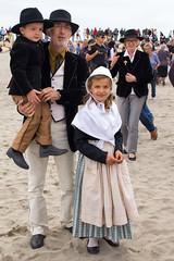 Waiting for the two Marys (Luca Quadrio) Tags: religion provence beach saintesmariesdelamer gypsy travel devotion camargue france pilgrims family europe children pilgrimage provencealpesctedazur francia fr