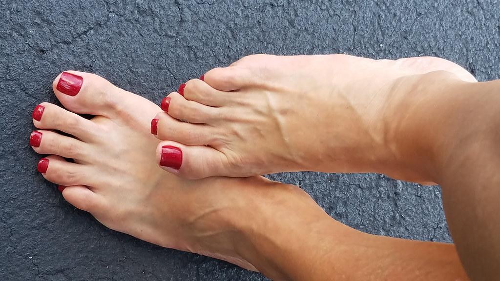 blue toenails feet Sexy