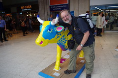 IMGP4394 (Steve Guess) Tags: surrey hills cow parade sculpture trail waterloo station lambeth london england gb uk network rail swt south west trains
