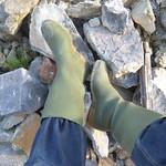 20 -- Hevea Acifort wellies with yellow sole -- Bottes Hevea acifort avec semelle jaune -- Acifort Gummistiefel thumbnail