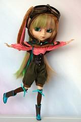 The Steampunk Bunny Pilot has Landed (CornflowerBlue07) Tags: groove pullip amelia steampunk bunny pilot pullipstyleexclusive kleinandrequiemartdesigns