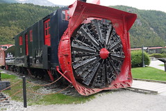 Alaska. Skagway. The Rotary Snow Plow. Le Rouge et le Noir. (Traveling with Simone) Tags: snowplow alaska train locomotive skagway outdoor red black one un