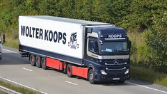 PZ 048KT (panmanstan) Tags: mercedes actros mp4 wagon truck lorry commercial hgv refrigerated freight transport haulage vehicle international a180 meltonross lincolnshire
