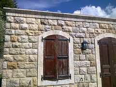 Chez Joe. (Gilbert-Nol Sfeir Mont-Liban) Tags: maison house maisontraditionnelle traditionalhouse traditionalarchitecture architecturetraditionnelle traditionnel traditional fentres windows volets shutters pierres pierre stone montliban liban lebanon mountlebanon byblos province campagne countryside