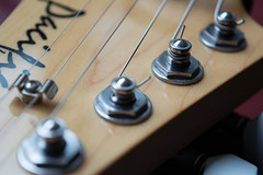 Headstock (roccopossidente) Tags: headstock machine head yamaha pacifica strings guitar