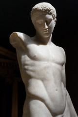 The Westmacott Youth - III (Egisto Sani) Tags: london art statue museum greek arte roman copia british marble statua copy londra romana greca marmo polykleitos policleto kyniskos polycleitos