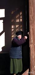 Doamna Negru-Comunitatea Evreilor Cimpulung Moldovenesc (edyrosen) Tags: beit sinagoga bucovina templu evreu evrei cimpulungmoldovenesc federatiacomunitatilorevreiestidinromania fcer comunitateaevreilor comunitateaevreilorcimpulungmoldovenesc comunitateaevreiasca comunitateaevreiascacimpulungmoldovenesc evreiidinbucovina casaderugagiune beitmidras evreitate comunitateaevreilorbucovina